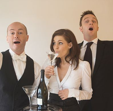 singing-waiters2